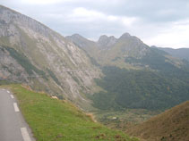 The road to the Aubisque