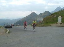 Julian and Chris reach the Aubisque