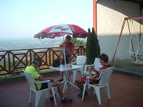 Exhausted at the top of the Col d'Osquich